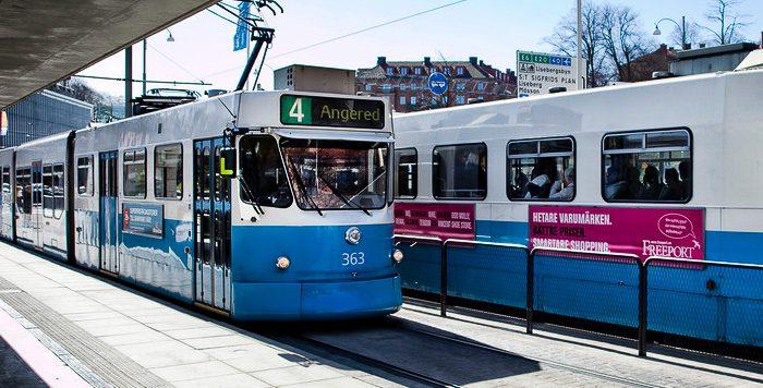 Spårvagn 4 vid hållplats